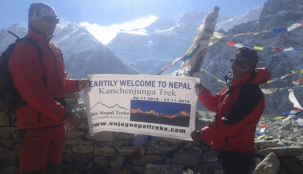 Kanchenjunga Nepal porter